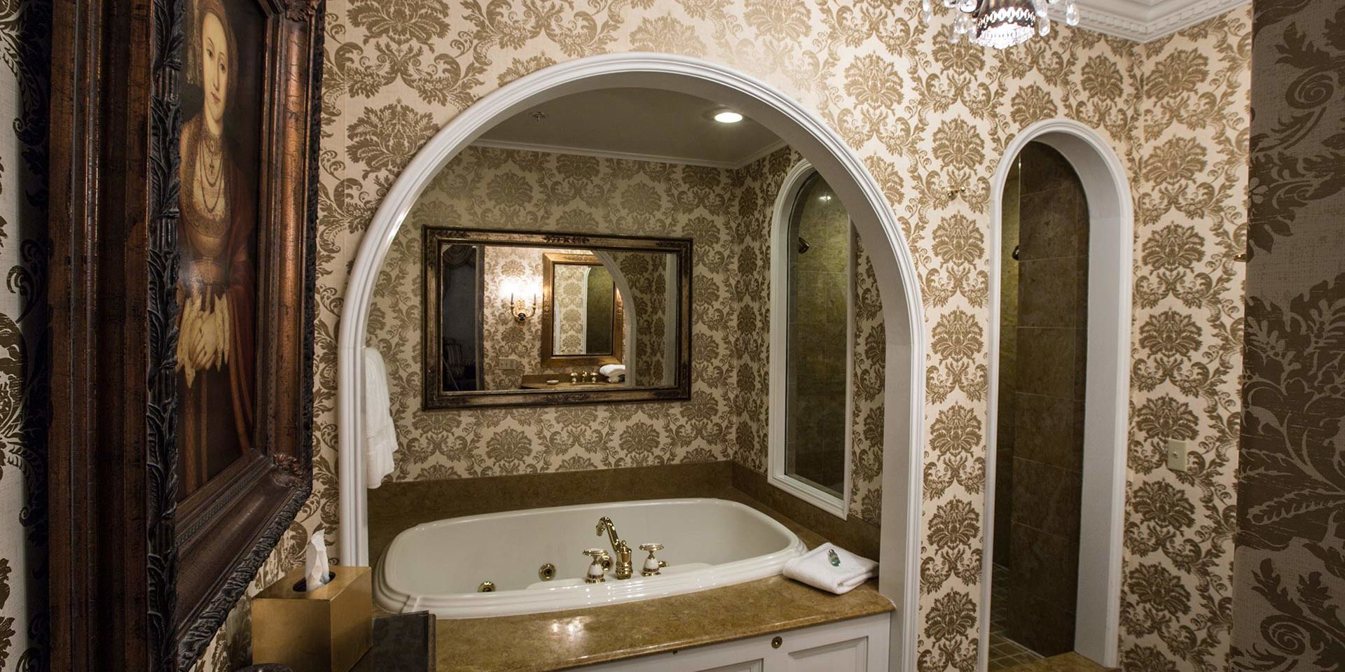 A regal bathroom inside the Regency Guest Room