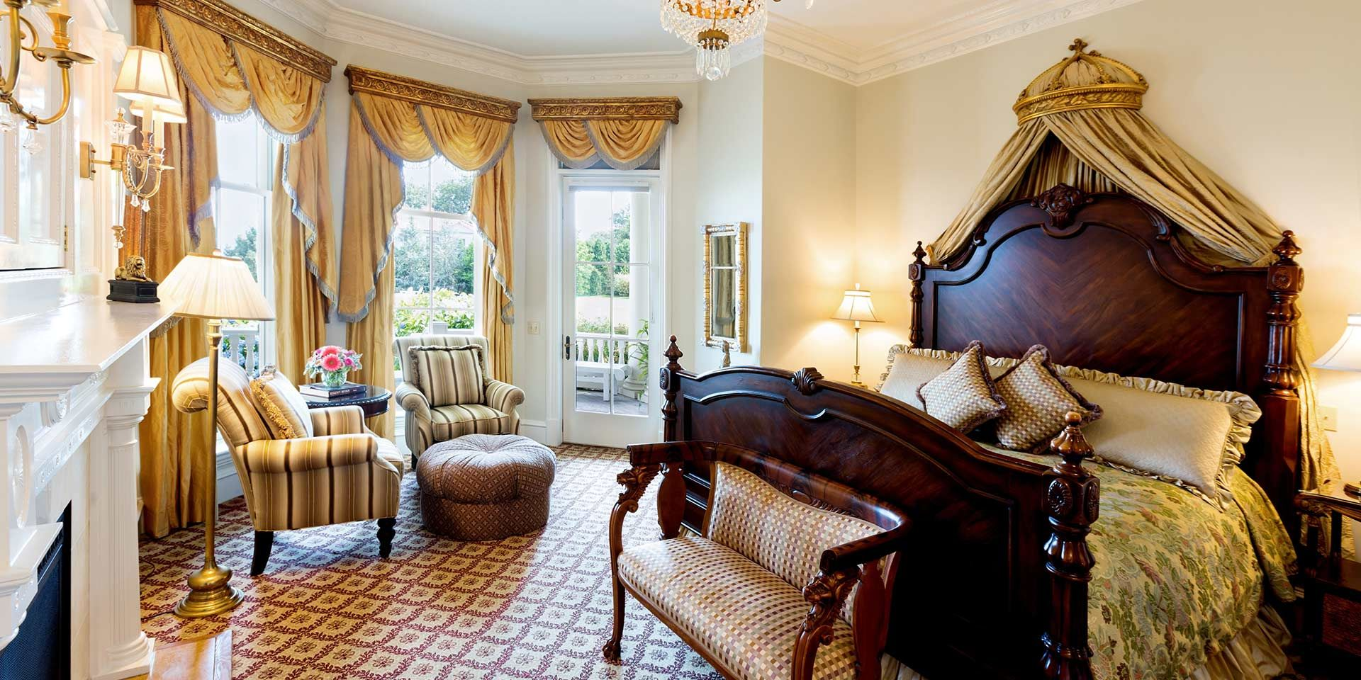 beautiful regency room at the chanler